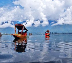 1.	Take a Shikara ride on the Dal Lake