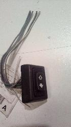View Auto part Pwr Dr Wind Switch Land Rover Discovery 1995