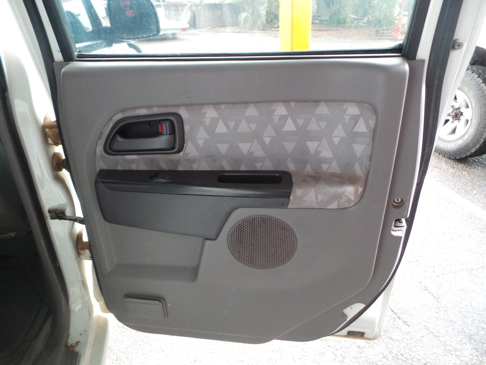 View Auto part Pwr Dr Wind Switch Holden Rodeo 2006