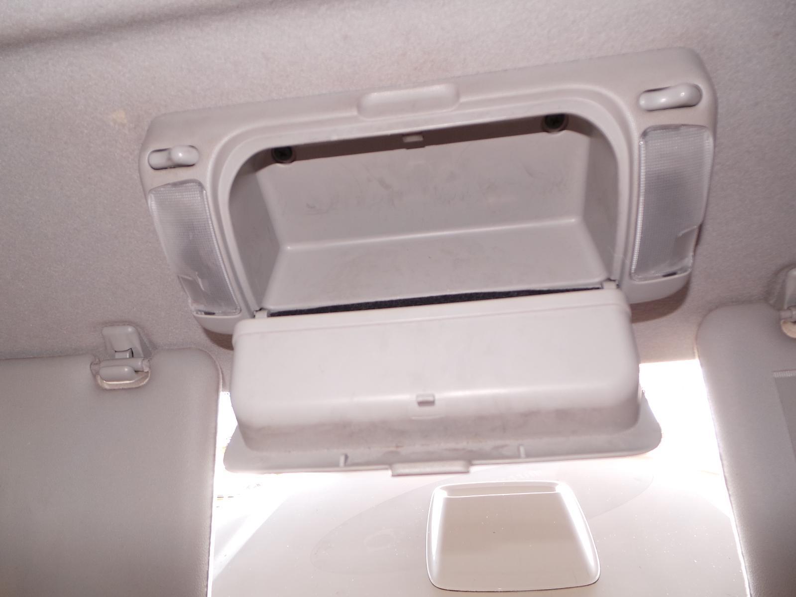 View Auto part Complete Interior Toyota Hilux 2007