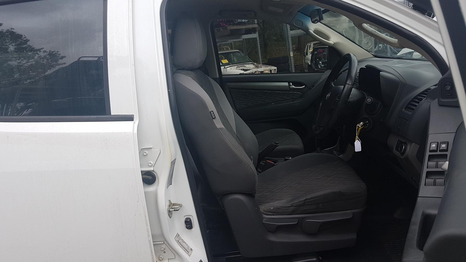 View Auto part Trans/Gearbox Holden Colorado 2014