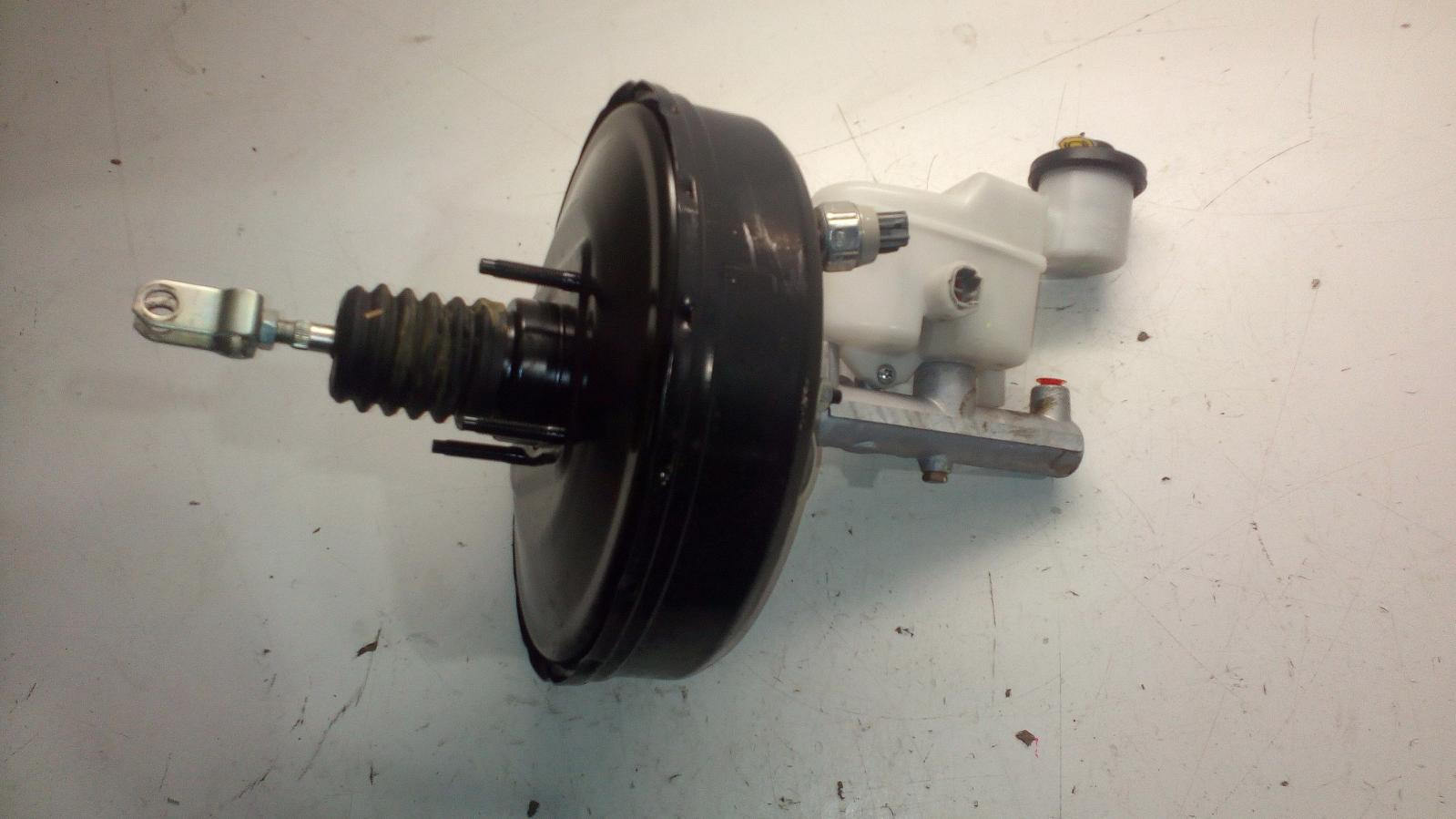 View Auto part Brake Booster Toyota Hilux 2007