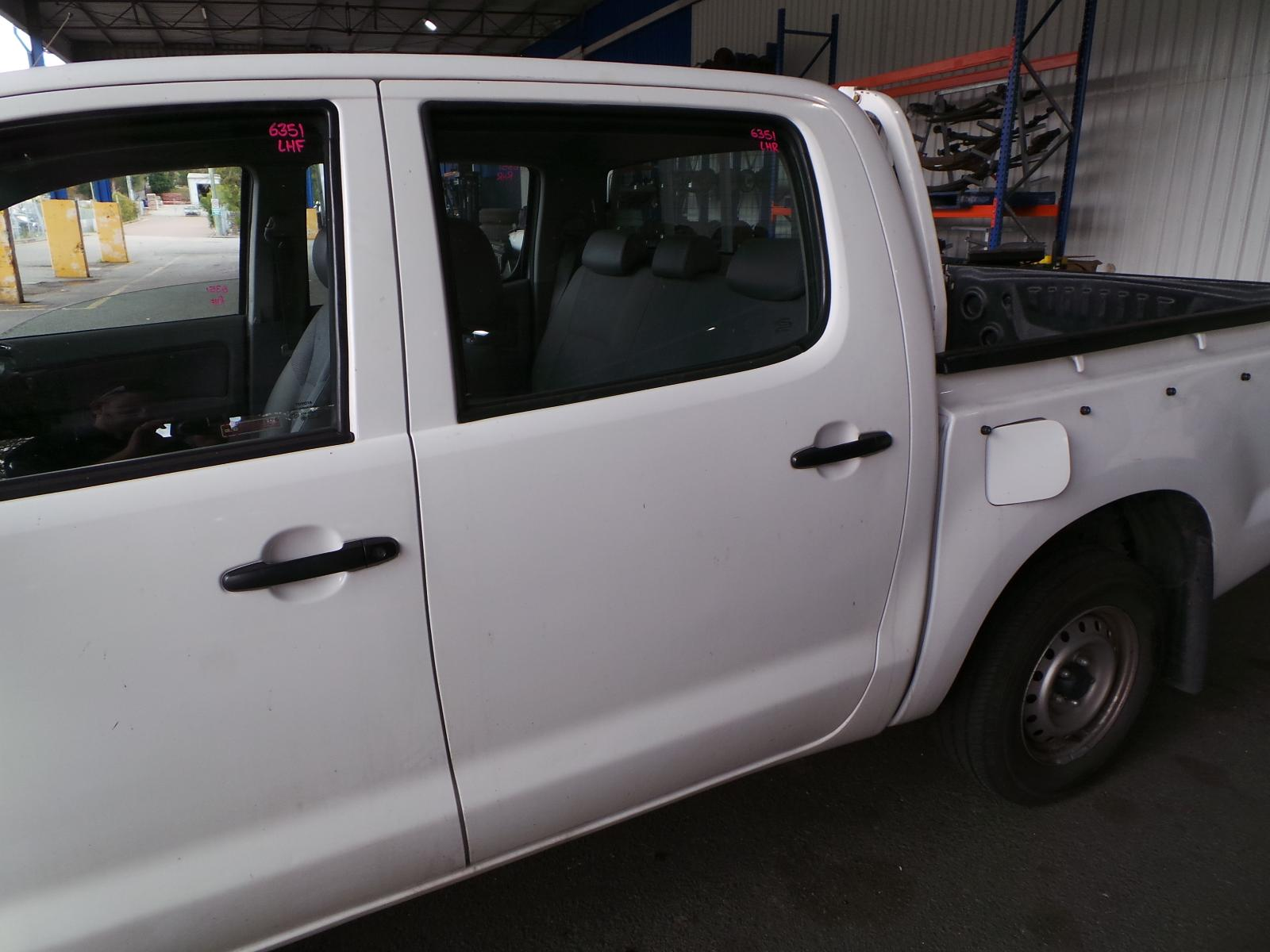 View Auto part Misc Switch/Relay Toyota Hilux 2007