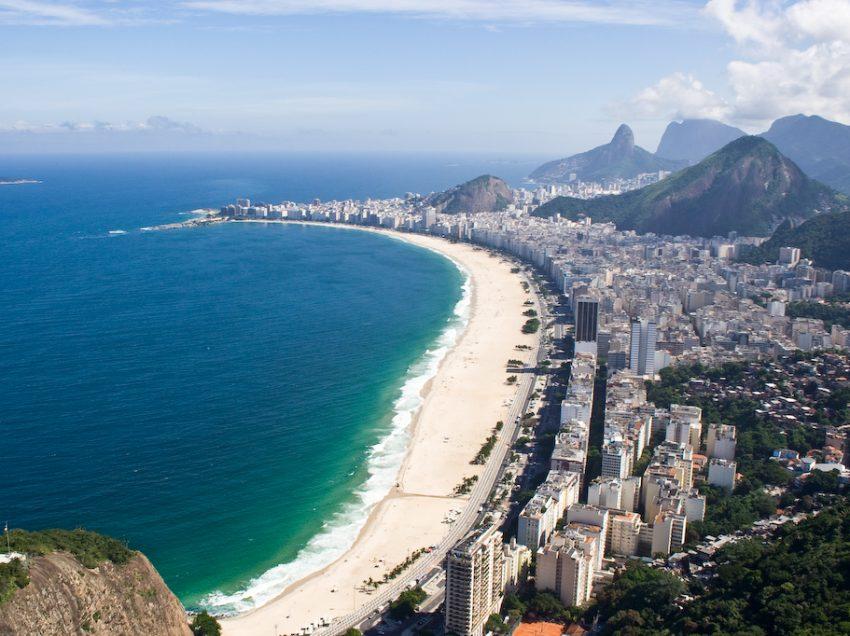 Pantai Copacabana , Wisata Pantai Terbaik Yang Ada Di Brazil