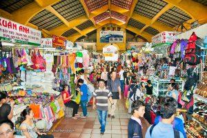 ben-thanh-market-inside
