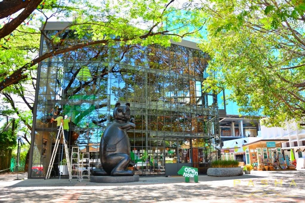 Local-Café-Think-Park