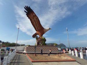 eagle-square