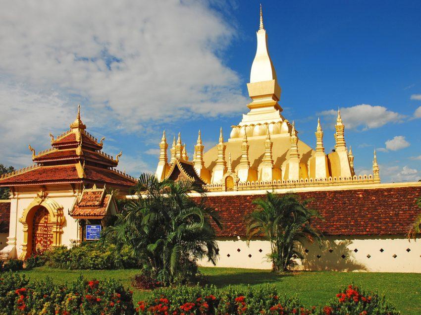 9 Rekomendasi Tempat Jalan-Jalan Ke Laos
