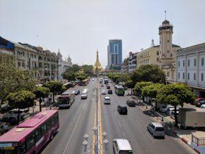 jalan-jalan-di-Yangon