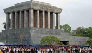 Ho-chi-minh-Maosoleum