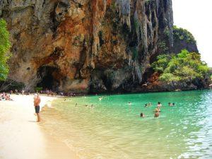 Phra-Nang-Beach-003