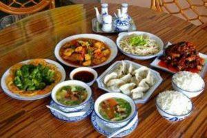 qing-zhen-cai-kuliner-halal-khas-china-yang-jadi-magnet-turis-160816t_3x2
