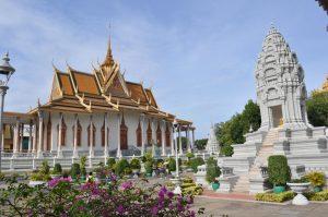 Istana Raja dan Silver Pagoda