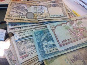 Mata Uang di Nepal