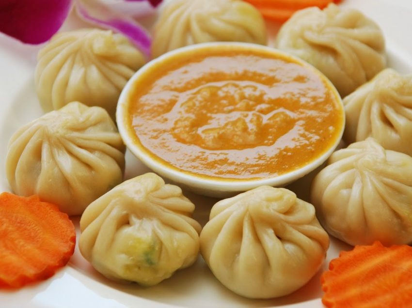 8 Makanan Khas Nepal Terfavorit Wisatawan
