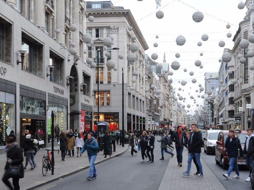 6 Tempat Belanja Murah Di London Terfavorit Wisatawan