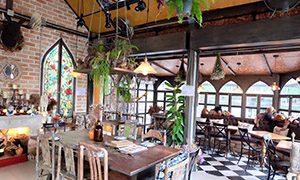 B-Story Cafe