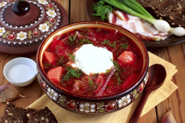 10 Makanan Khas Ukraina Terlezat Dan Terfavorit Wisatawan