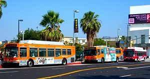Gunakan Transportasi Publik di Los Angeles