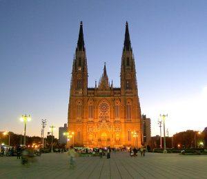 Katedral-La-Plata-di-La-Plata