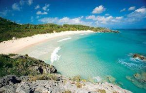 pantai-paling-indah-di-dunia