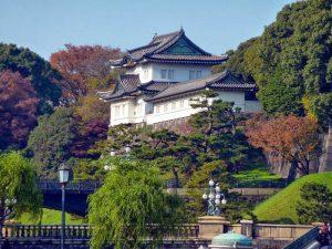taman-Tokyo-Imperial-Palace