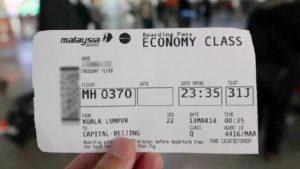 Menyiapkan tiket pesawat