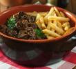 14 Makanan Khas Belgia Terlezat dan Favorit Wisatawan