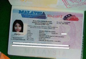 Menyiapkan visa