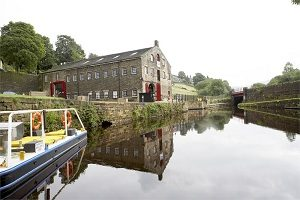 Standedge-Tunnel-and-Visitor-Centre