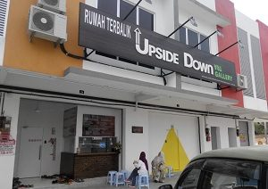 Upside-Down-Port-Dickson