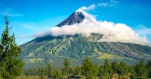 Gunung Berapi Mayon, Legazpi