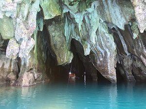 sungai bawah tanah tempat wisata di pulau palawan