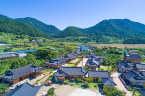 suncheon mr. choi hanok pension