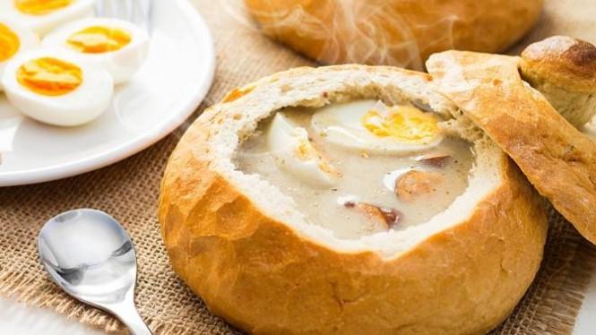 14 Makanana Khas Polandia Wajib Dicicipi Wisatawan