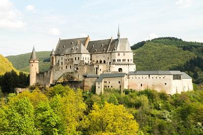 16 Tempat Wisata Di Luxembourg Yang Wajib Dikunjungi