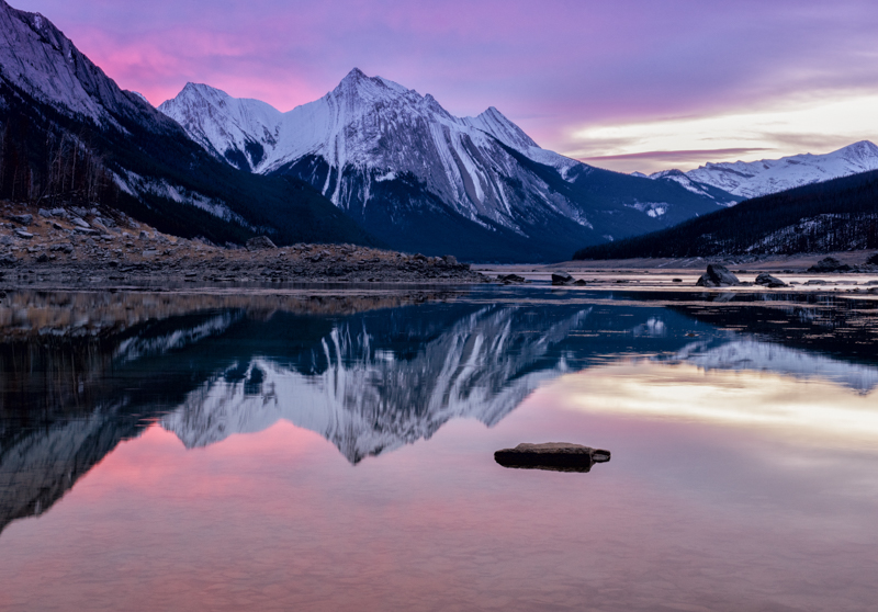 14 Tempat Wisata di Alberta yang Eksotis dan Wajib Dikunjungi