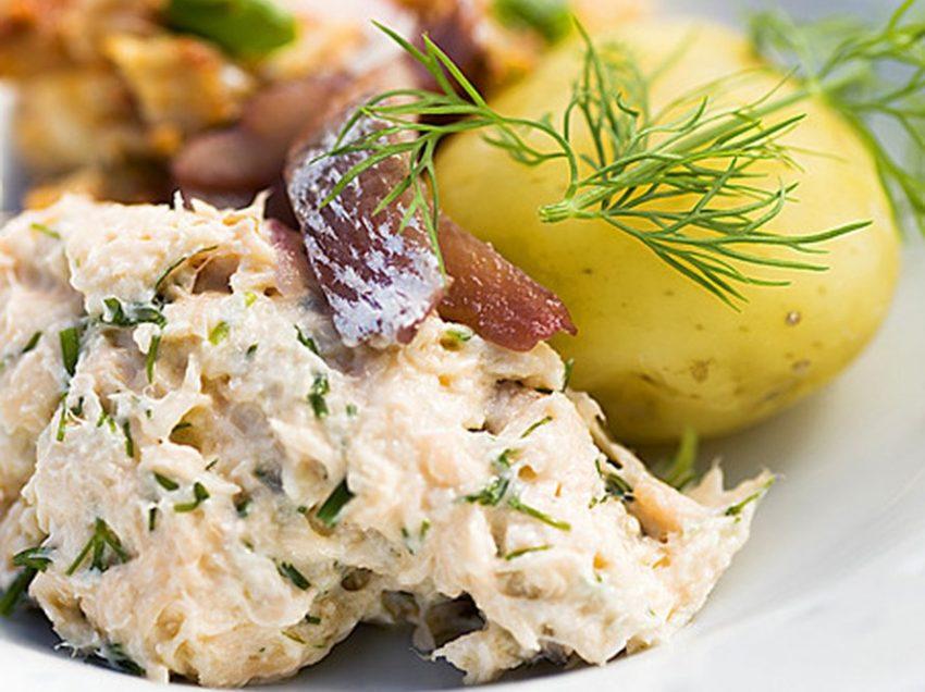 10 Makanan Khas Finlandia Favorit Wisatawan