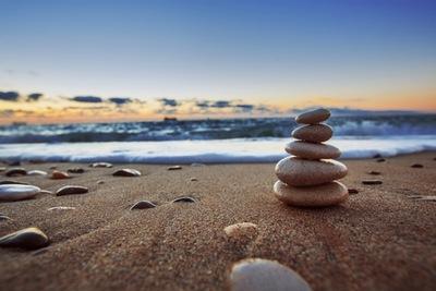 Thumb stacked stones