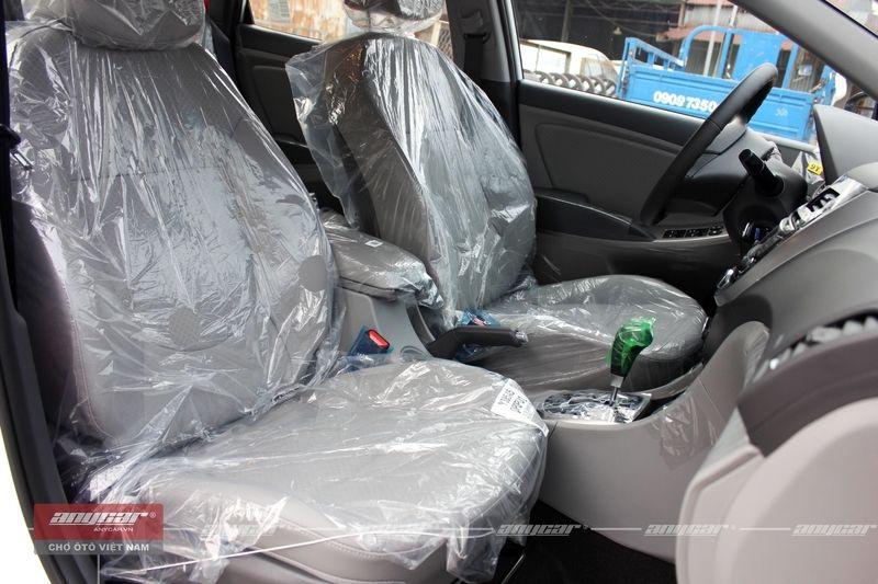 Hyundai Accent Blue 1.4AT 2015 - 9