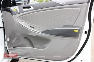 Hyundai Accent Blue 1.4AT 2015 - 15