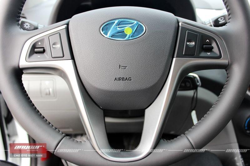 Hyundai Accent Blue 1.4AT 2015 - 18