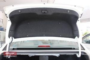 Hyundai Avante 1.6AT 2015 - 8