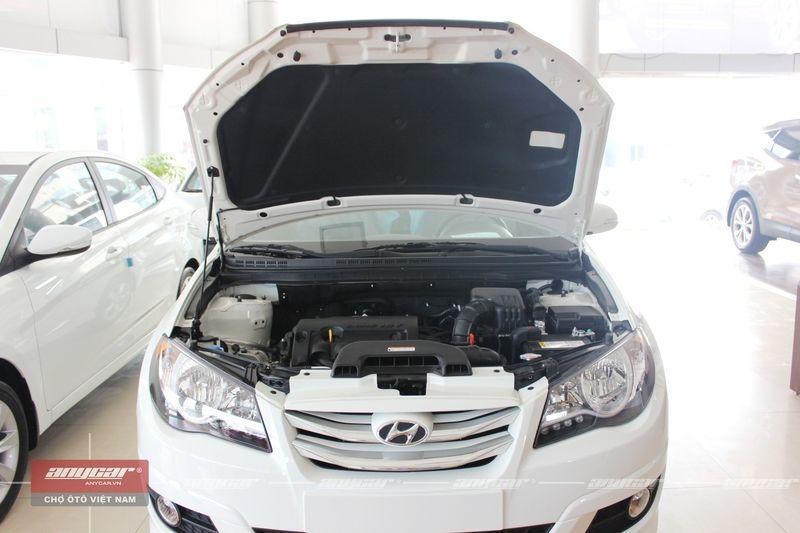 Hyundai Avante 1.6AT 2015 - 24