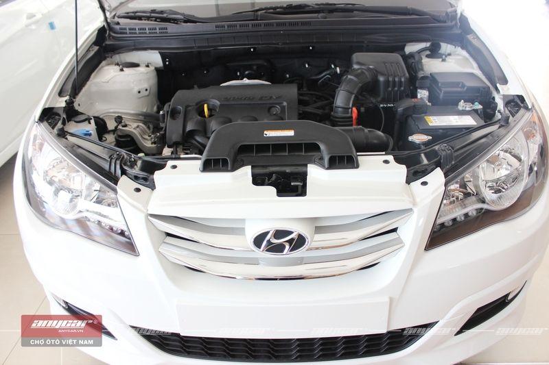 Hyundai Avante 1.6AT 2015 - 26