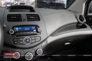 Chevrolet Spark Van 1.0AT 2015 - 36
