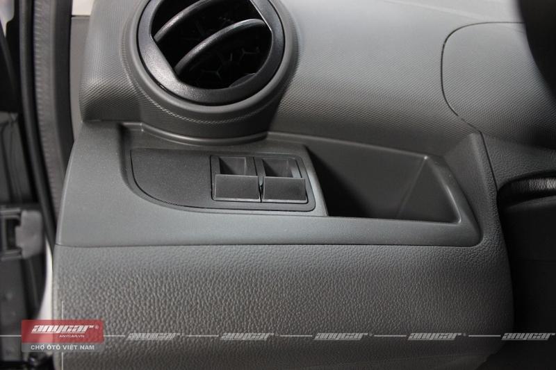 Chevrolet Spark Van 1.0AT 2015 - 37