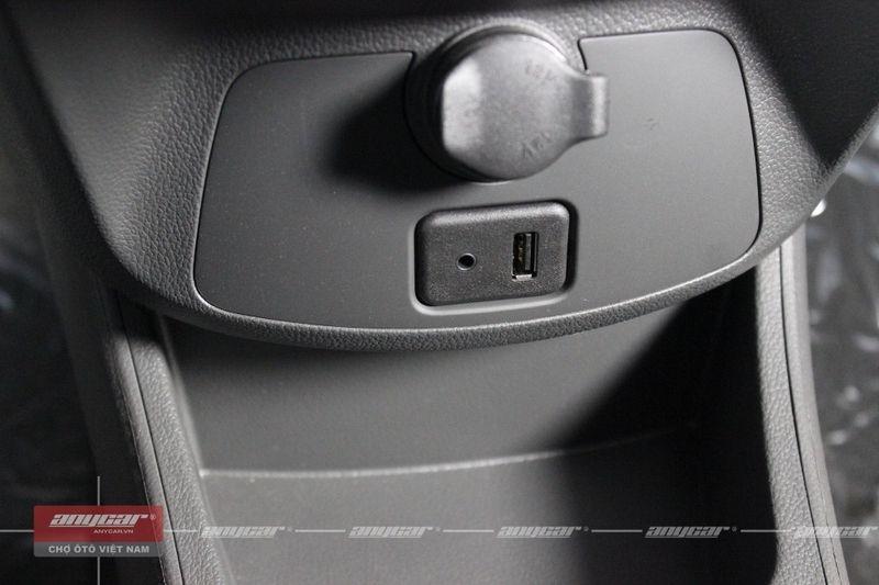 Chevrolet Spark Van 1.0AT 2015 - 46