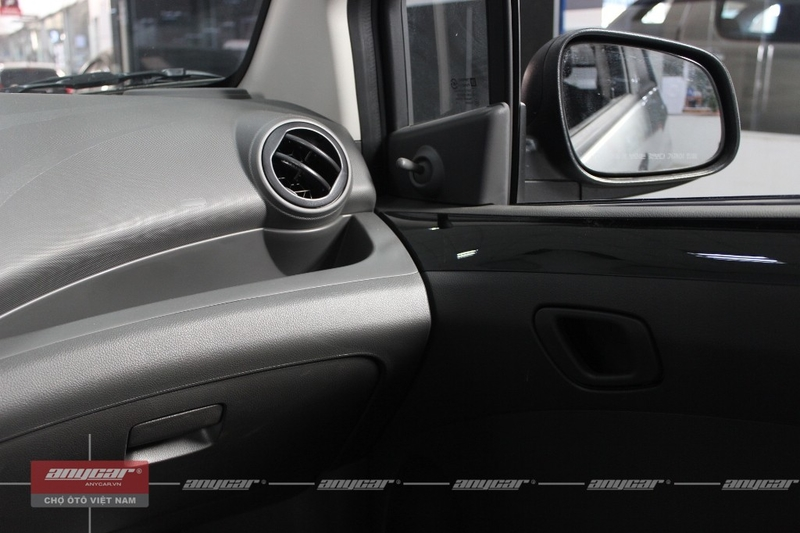 Chevrolet Spark Van 1.0AT 2015 - 51