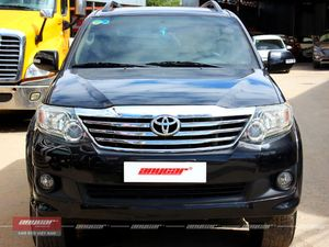 Toyota Fortuner AT 2012 - 1